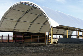 Hoop Structures for Beef | Leopold Center for Sustainable Agriculture